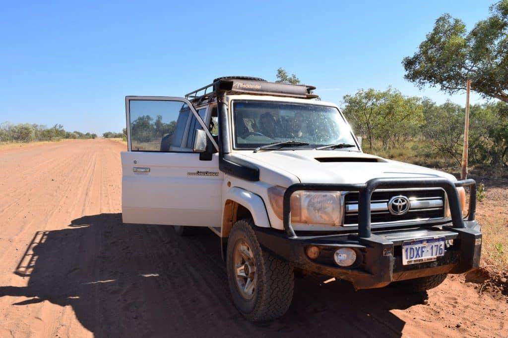 4x4 wheel drive, outback, adventure, Wolfe Creek, Wolfe Creek Crater, Meteorite, Halls Creek