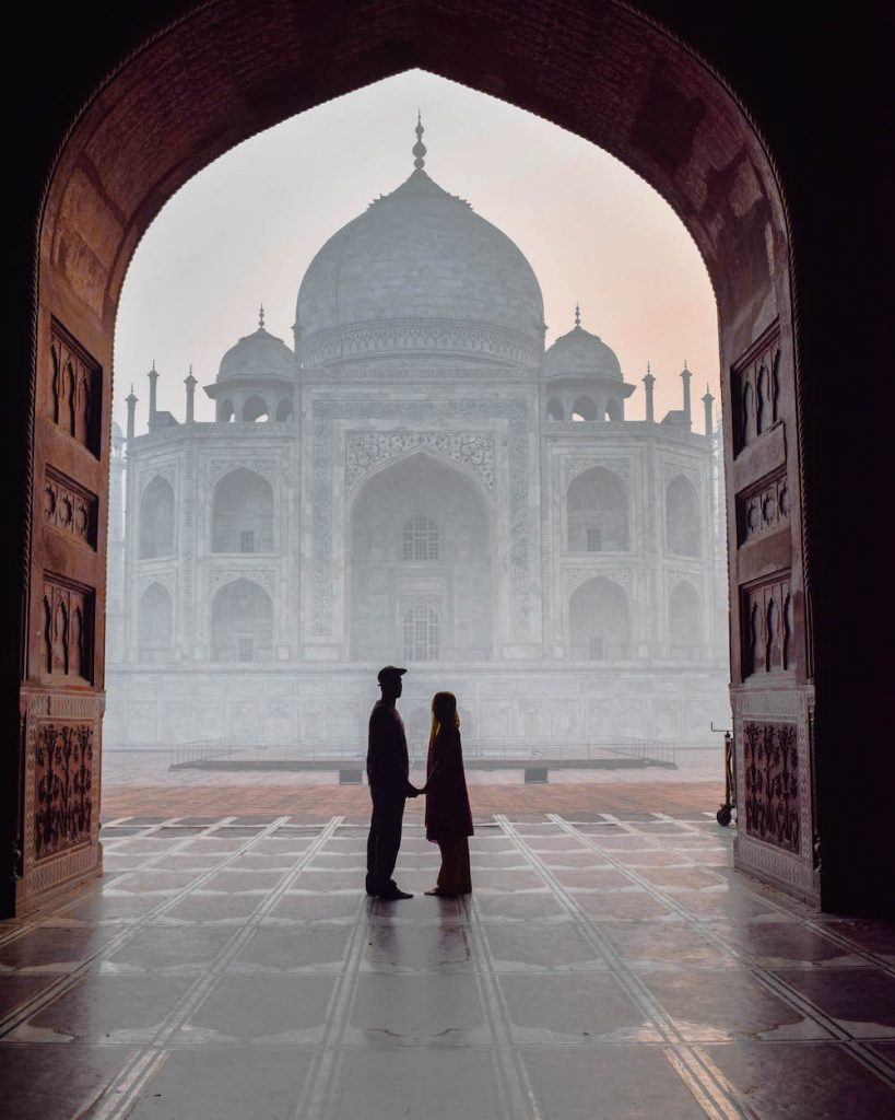Travel Couples Share the Best Part about Travelling Together, travel couples, travelling together, wanderlust, couple inspiration, #travelcouple, what is the best part about travelling together, what is the best part about travelling as a couple, Taj Mahal, India, chapter travel, Nomadic couple, Lisanne van Beurden, Jeffrey Sluiter