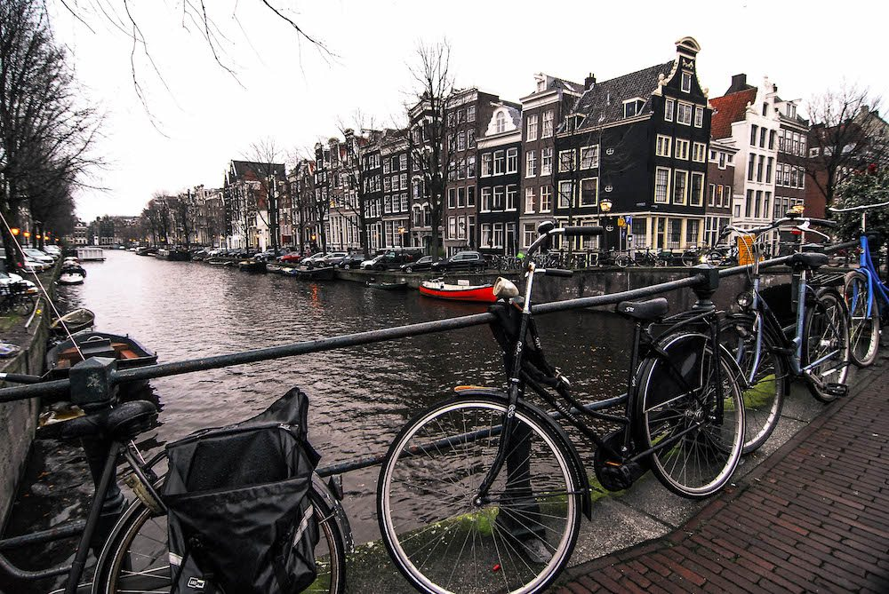 Thinking of getting a I Amsterdam card? Did you know you get a free canal cruise with it?