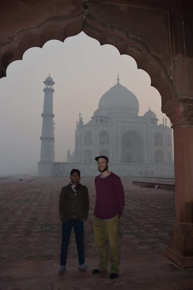 Our photographer of the day!, Visiting the Taj Mahal, Taj Mahal from the side, Tips for the Taj Mahal