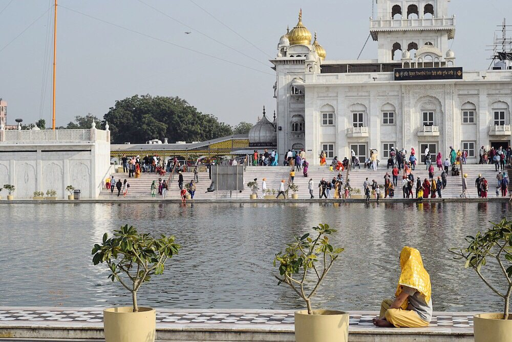 Things to do in Delhi, Gurudwara Bangla Sahib, Temples in Delhi