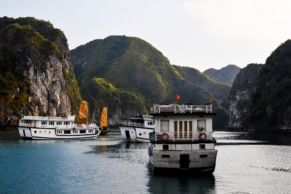 Everything you need to know about Halong Bay, Halong Bay, Tours in Halong Bay, View over Halong Bay, Facts about Halong Bay, Hike in Halong Bay. halong bay tours