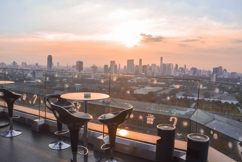 Things to do in Bangkok, Long Table Bangkok, Rooftop Bar, Best bars in Bangkok, Best luxury bars in Bangkok, Where to eat in Bangkok, Wanderlust, Tips for Bangkok, Drinks with a view Bangkok