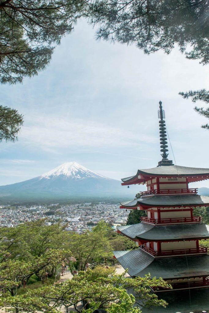 A Day Trip to Mount Fuji from Tokyo, Things to do in Japan, Things to do at Mount Fuji, Lake Kawaguchiko, Chureito Pagoda, Mountain, Fuji-San, Japan, Japanese mountain, Biggest mountain in Japan