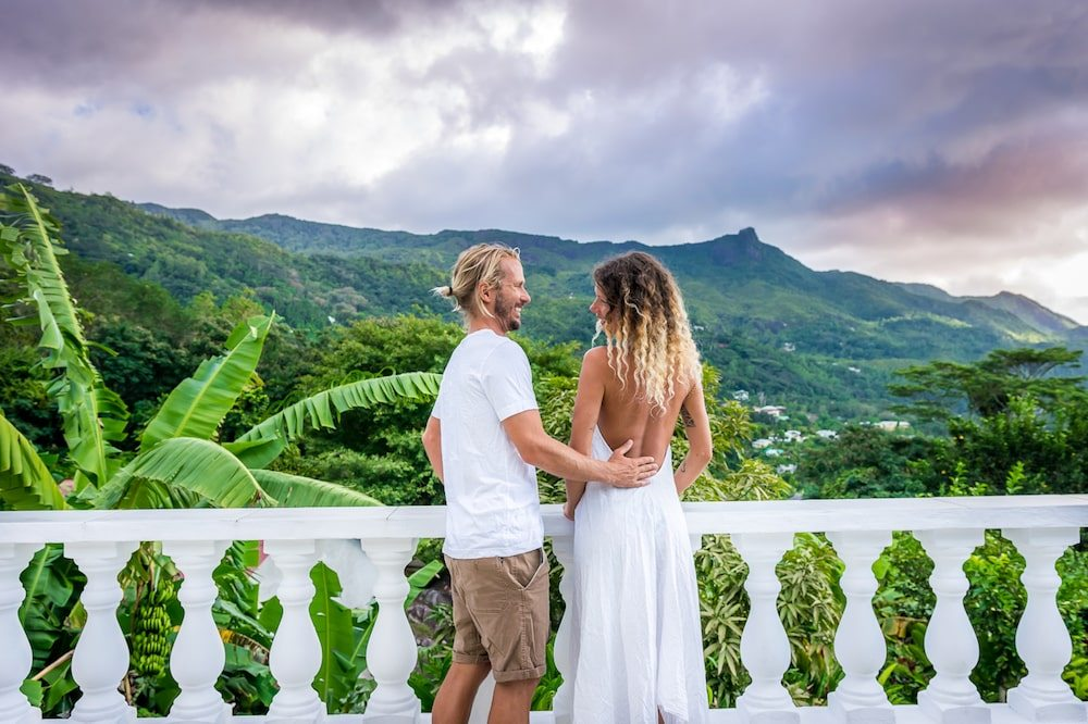 Travel Couples Share the Best Part about Travelling Together, travel couples, travelling together, wanderlust, couple inspiration, #travelcouple, what is the best part about travelling together, what is the best part about travelling as a couple, chapter travel, Nomadic couple, One Love our Love