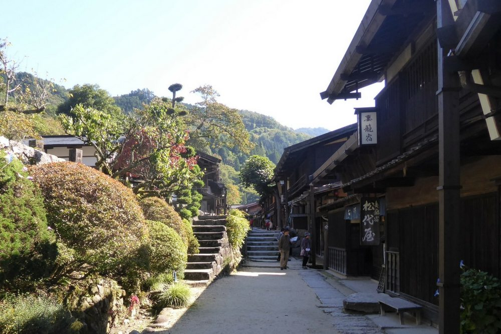 Tsumago was a post town on the Nakasendo route between Kyoto and Edo. It's known as one of the best preserved towns in Japan.